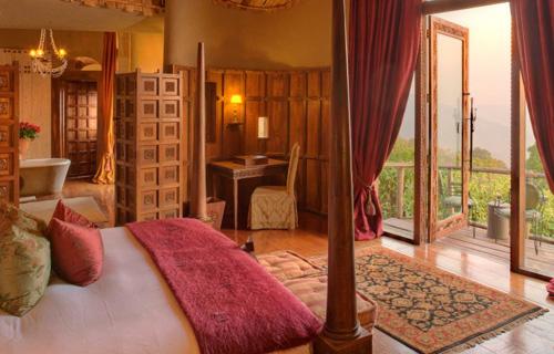 2 Days Tarangire And Ngorongoro Safari Mid Range Accommodation